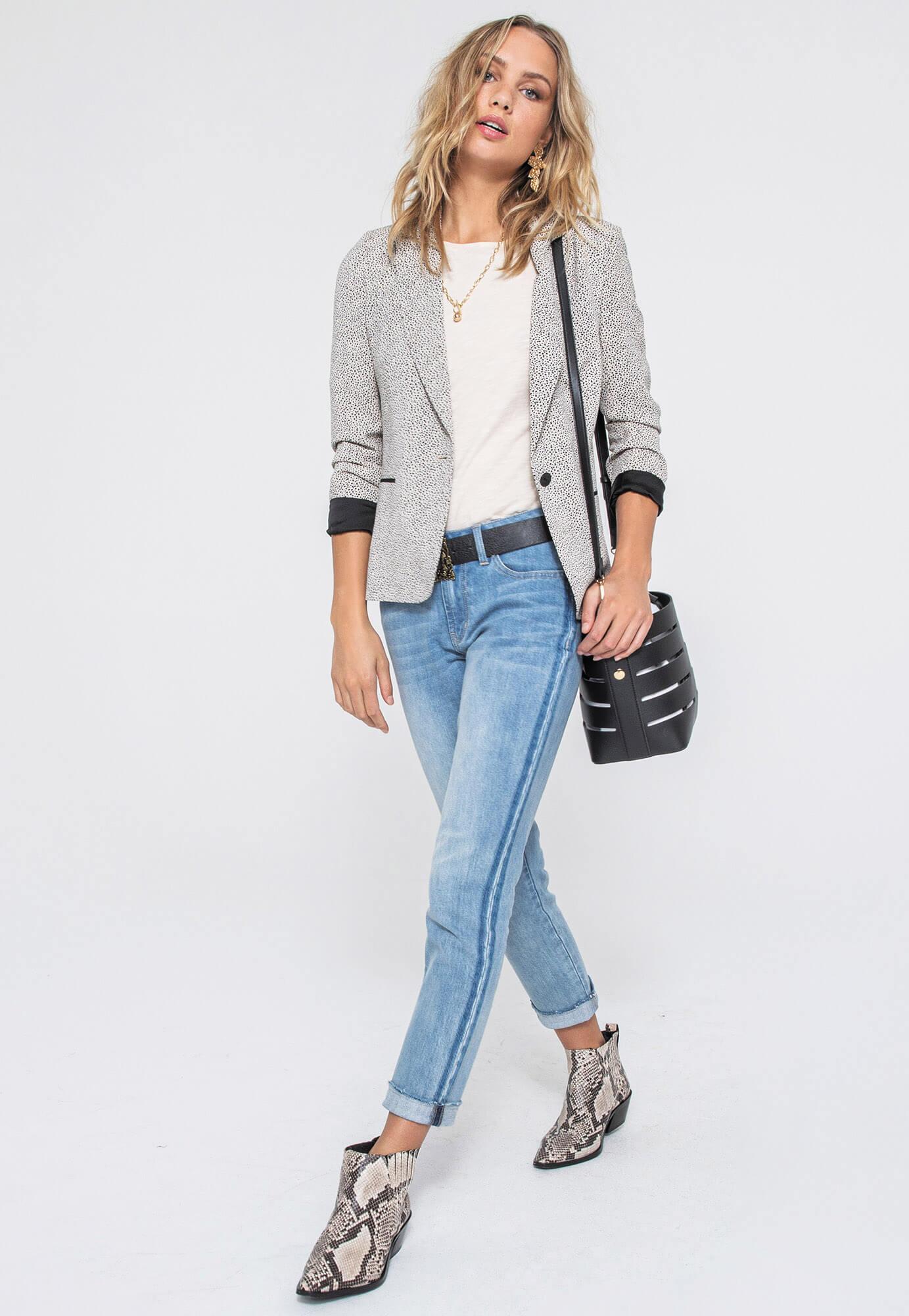 Le jean bleu clair